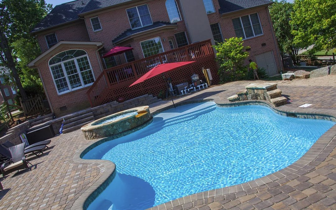 CPC Pool's Year Round Superior Hickory NC Pool Builders Give You The Facts On Concrete Vs Vinyl Pools